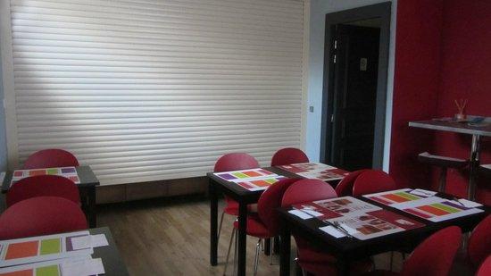 Hotel Parc Mazon: salle petit déjeuner