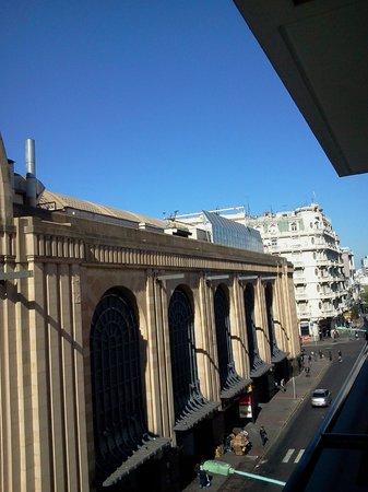 Parada Abasto Apartamentos: Vista diurna