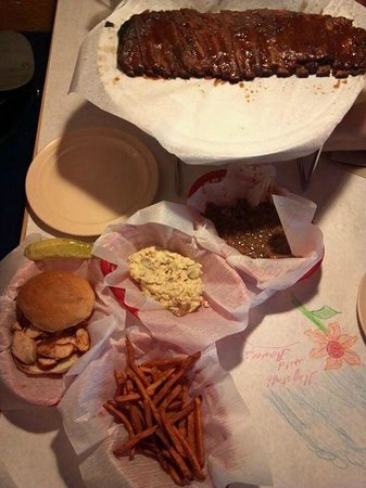 Satchmo's BBQ : Satchmo's Ribs, chicken breast sandwich and sides--delicious!!