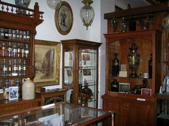 Ouray Alchemist Museum: Collections from Overseas