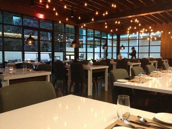 Le Meridien Atlanta Perimeter : Inside Portico Global Cuisine...Empty