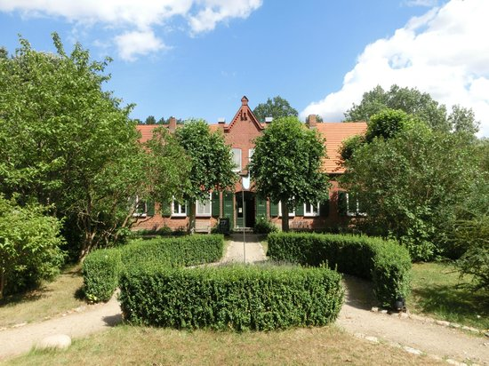 Seehotel Neuklostersee: Haupthaus