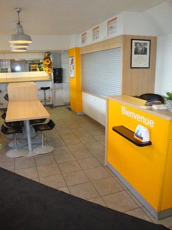 hotelF1 Colmar Parc des Expositions: Accueil