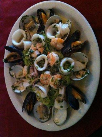 Cocina Bella: 536351-10150638...82076608