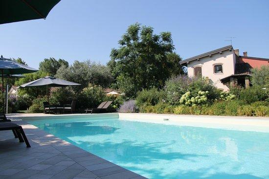 Residenza Le Batesine: zwembad