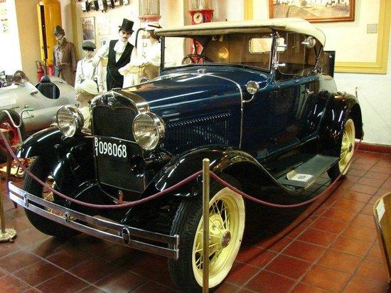 Museo del Automovil y Ramos Generales Coleccion Rau: Ford A 1931