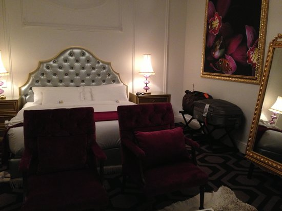 The Alphen Boutique Hotel: The room