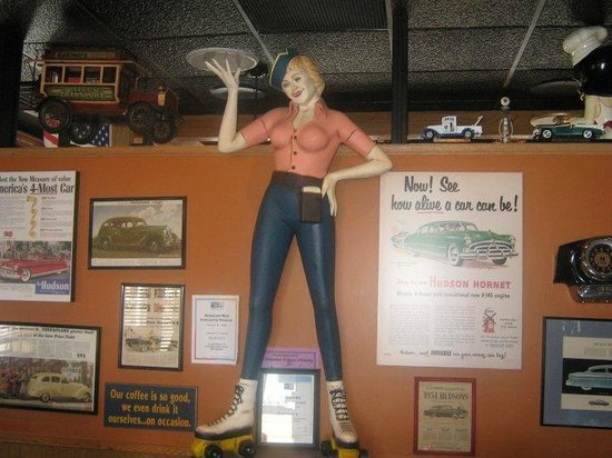 Hudson's Classic Grill: hostess stand