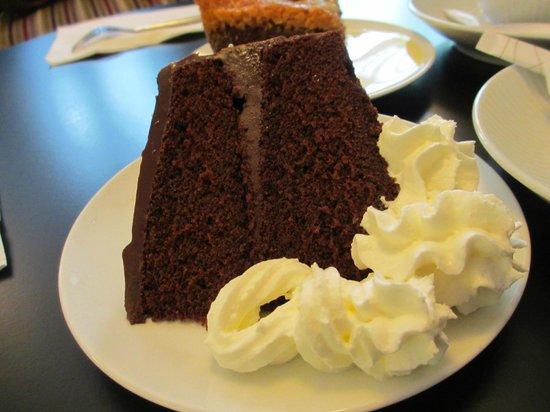 Les Delices de Josephine: Chocolate cake