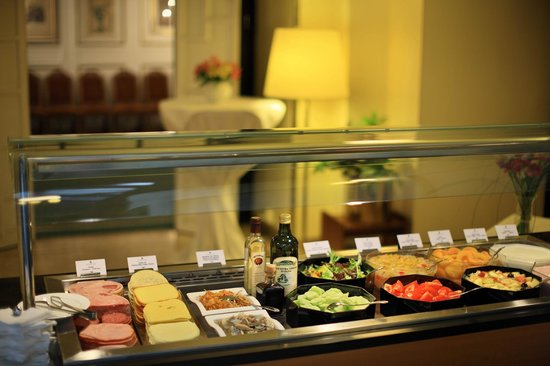 Grandhotel Brno: Breakfast