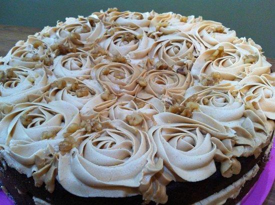 Elsie Harrhy Coffee House: Homemade Coffee & Walnut Cake