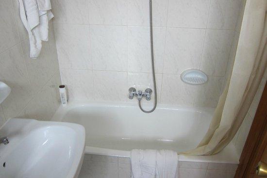 Hotel Condal: bañera