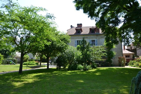 Manoir du Moulin : View of the house from the Gardens