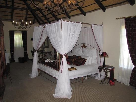 Cranberry Cottage: Mohale Room