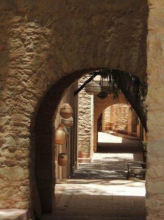 La Médina d'Agadir: a quiet alleyway