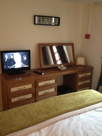 The Fountain Inn: our room