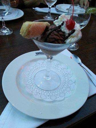 Tango Argentine Grill: Sorvete de sobremesa.
