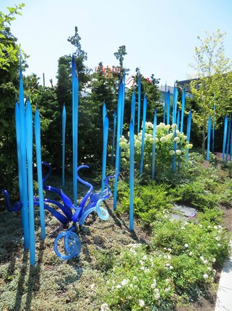 Chihuly Garden and Glass: Part of the outdoor garden walk