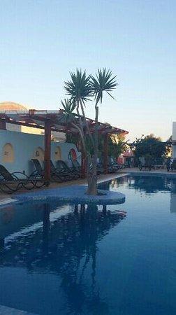 Hotel Eleftheria : Pool area