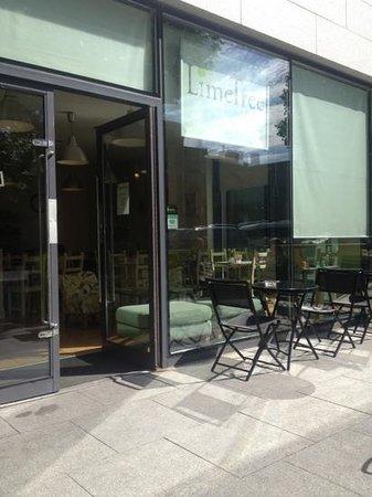 Limetree Cafe: outside of cafe