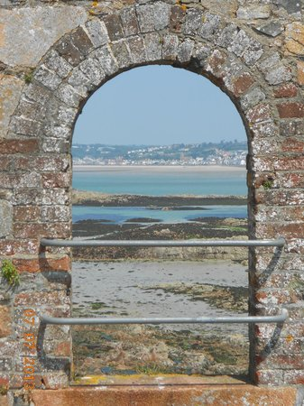 Elizabeth Castle: Looking through to St Aubin's Bay