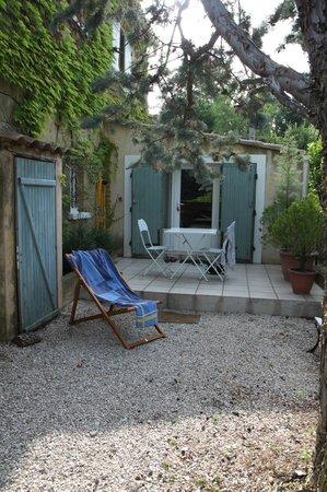 Chambres d'Hotes Saint Veredeme : entrée du studio