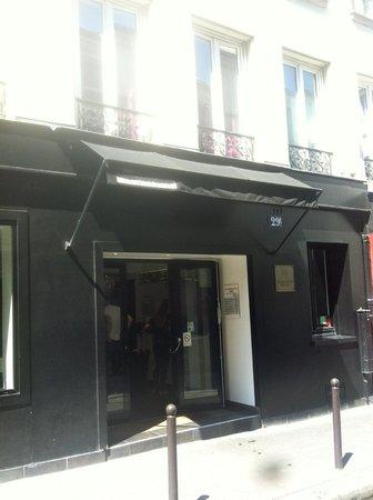 Hotel Standard Design : Standard Design Hotel