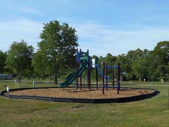 Seaport RV Resort and Campground: Playground