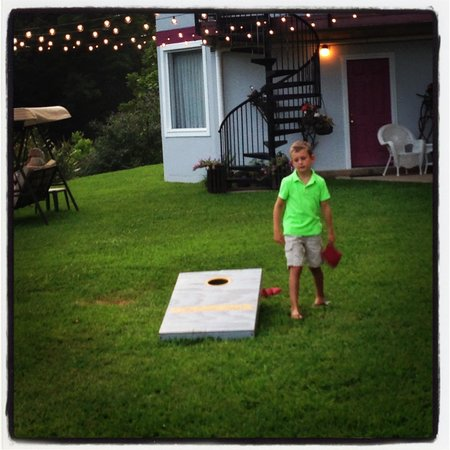 Carter Lodge : Corn hole!