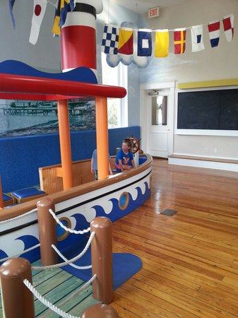 Schoolhouse Children's Museum and Learning Center: Ship replica
