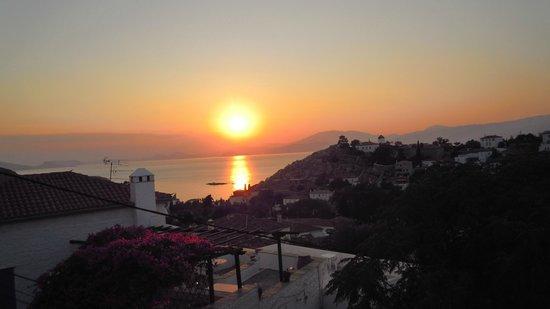 Hotel Nefeli: Sunset