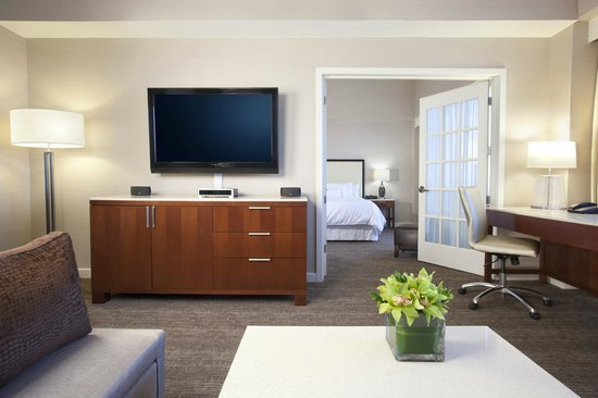 The Westin O'Hare: Newly Renovated Presidential Suite