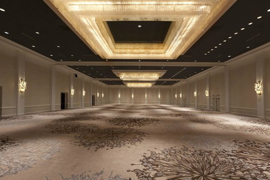 The Westin O'Hare: Grand Ballroom - 12,000 square foot event room with 22 foot ceiling height