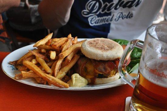 The Bird: Nice burgers