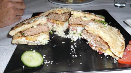 To Steki tou Nikou: Greek Hamburger