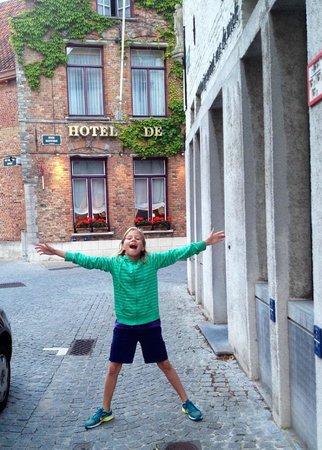De Castillion Hotel: Hotel Exterior #2
