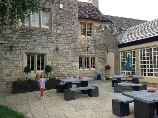 The Wiltshire Yeoman: the garden