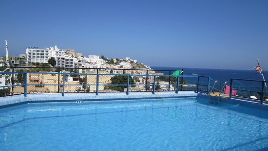 Don Quijote Hotel: Rooftop Pool