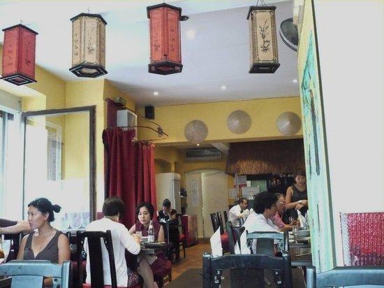 Pho Kim Saigon : Inside