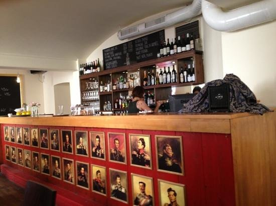 Cafe Ermitage: inside