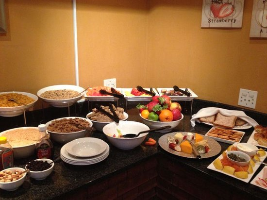 Faircity Falstaff Hotel: Breakfast menu