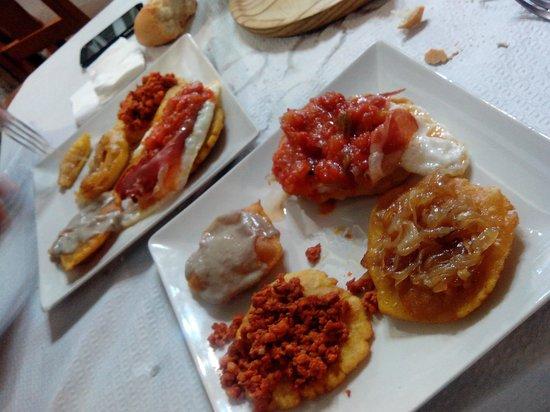 Hotel La Boriza: degustación de tortos asturianos en casa Esther