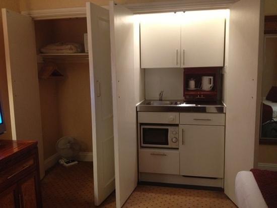 Grange Portland Hotel: kitchenette