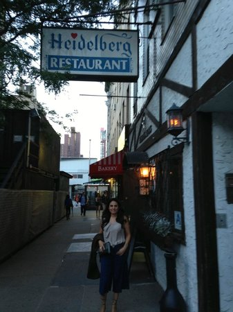 heidelberg restaurant picture of heidelberg restaurant new york city tripadvisor. Black Bedroom Furniture Sets. Home Design Ideas