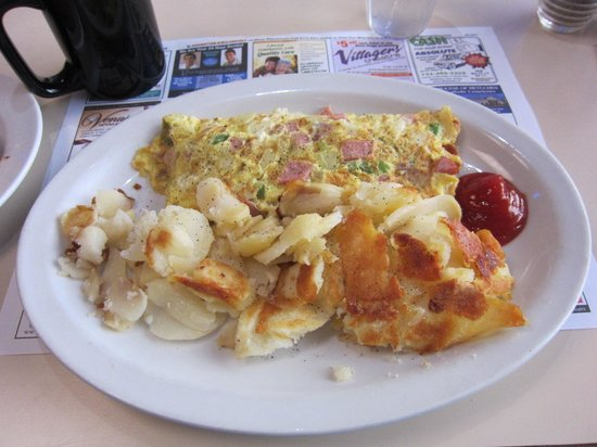 Somerset Diner: Crispy hash-brown potatoes and ham/onion/pepper omelette