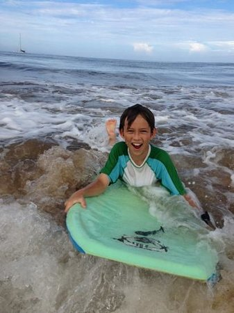 Dolphins Point Maui: Great body boarding here! Owners have many boards to choose from.
