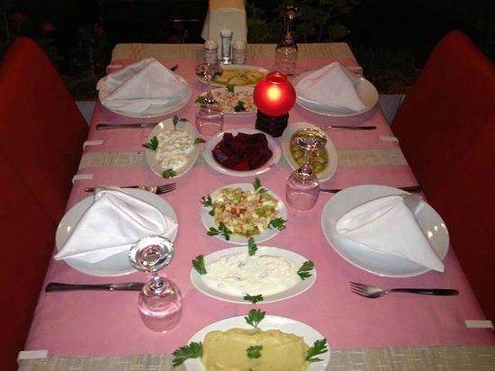 Marina Ocakbasi: Güzel Bir akşam yemeği için sizleri bekliyoruz