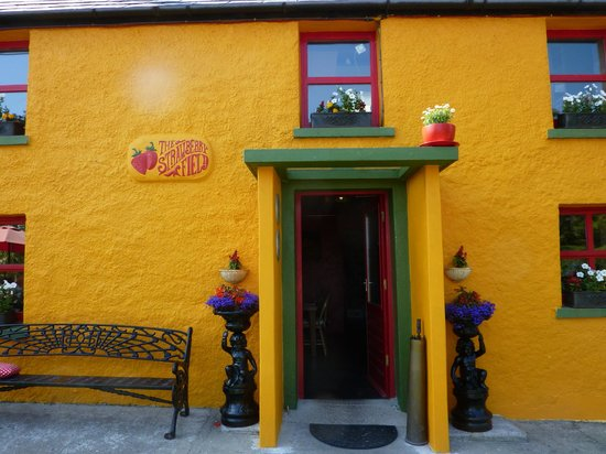 The Strawberryfield Pancake Cottage: A lovely, welcoming doorway