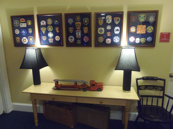 Kendall Hotel : Hallway outside room - Fire Station memorabilia