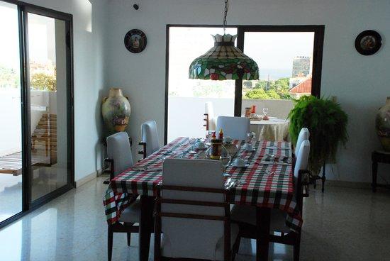 tavoli per la colazione: fotografía de CasavanaCuba, La Habana ...